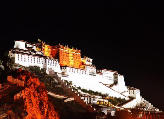 tibet-895492_1920